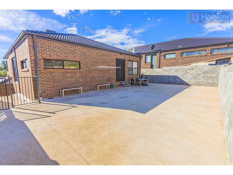 43 Laurence Avenue, Airport West VIC 3042
