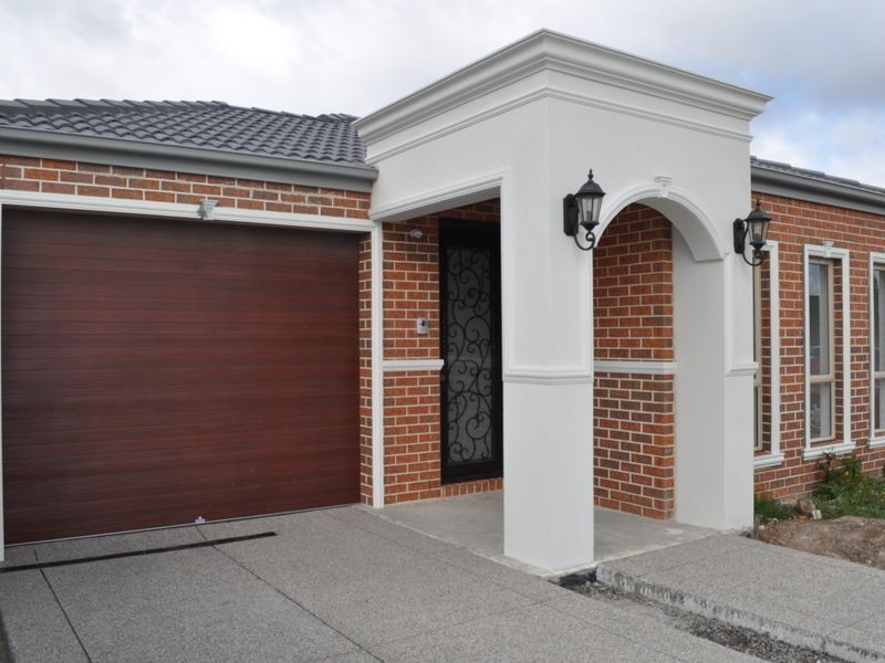 6 Viewside Crescent, Craigieburn VIC 3064