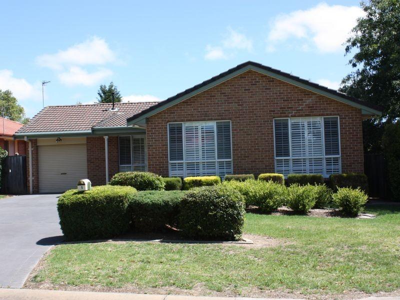 1 Lilac Avenue, Bowral NSW 2576