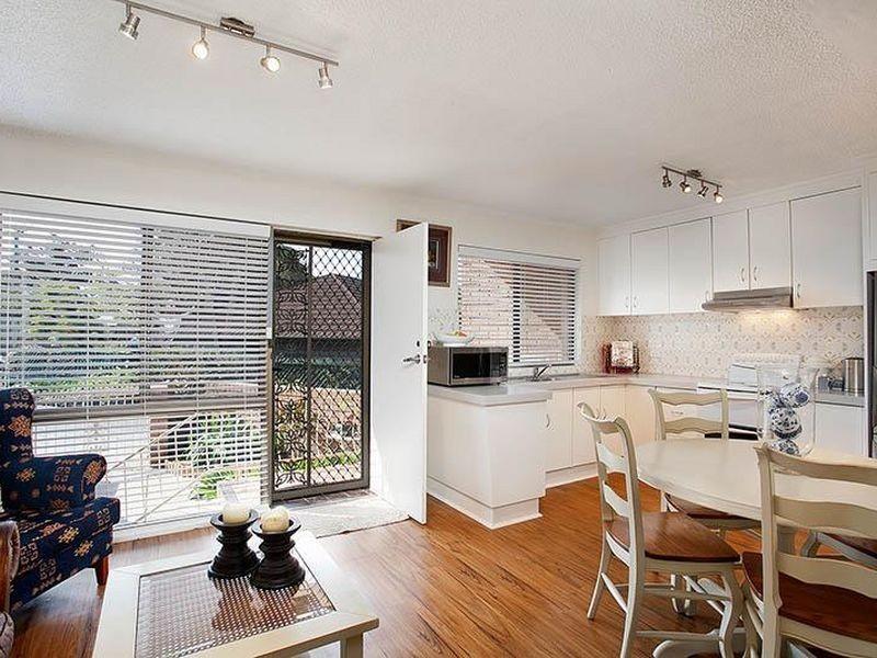 6 Payne Street, Mangerton NSW 2500