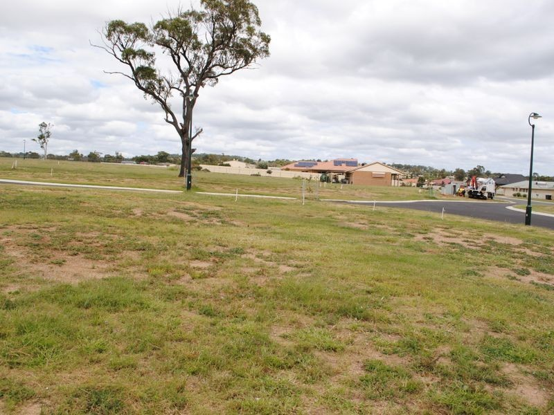 Lot 27 Doncaster Drive-Stage 3 Griffith Estate, Rosenthal Heights QLD 4370