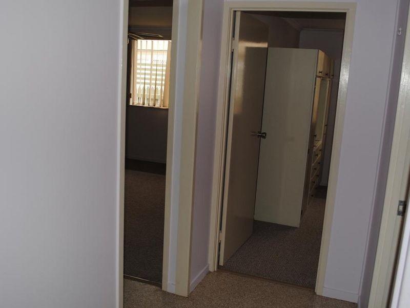 Unit 1/3 Sterne Street, Warwick QLD 4370