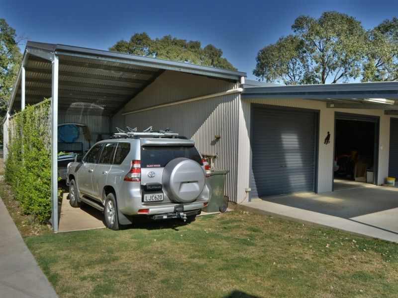 167 Goomburra Street, Hendon QLD 4362