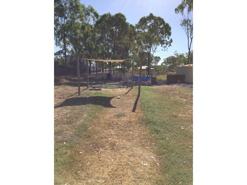 139 Goomburra Street, Hendon QLD 4362