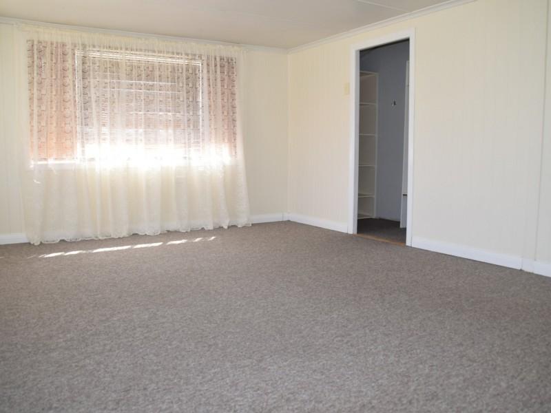 30 Stewart Avenue, Warwick QLD 4370