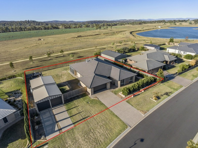 14 Lakeview Avenue, Warwick QLD 4370