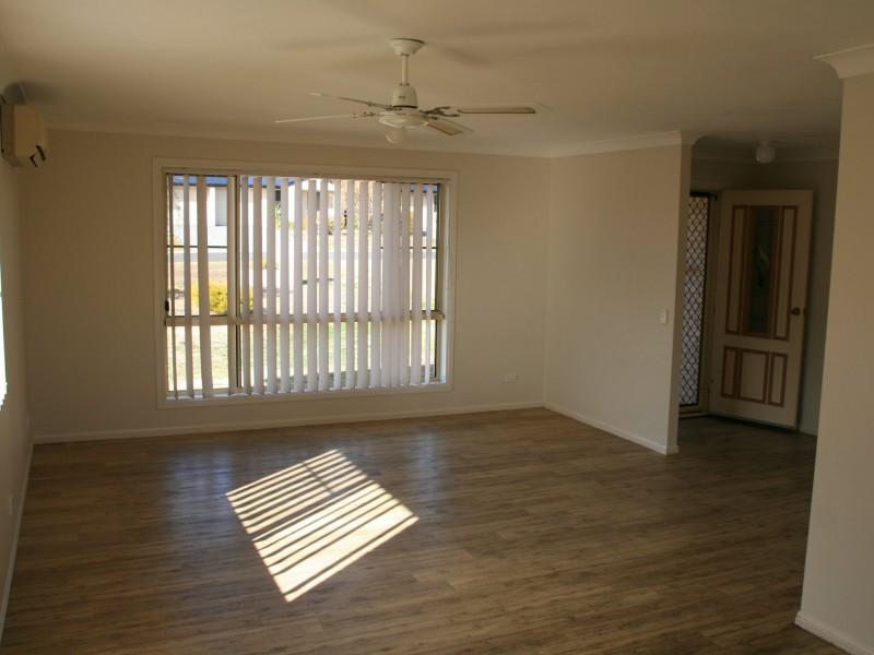 11 Brook Street, Warwick QLD 4370