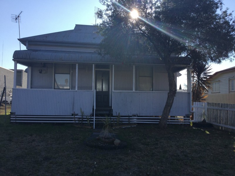 4 Frank Avenue, Warwick QLD 4370
