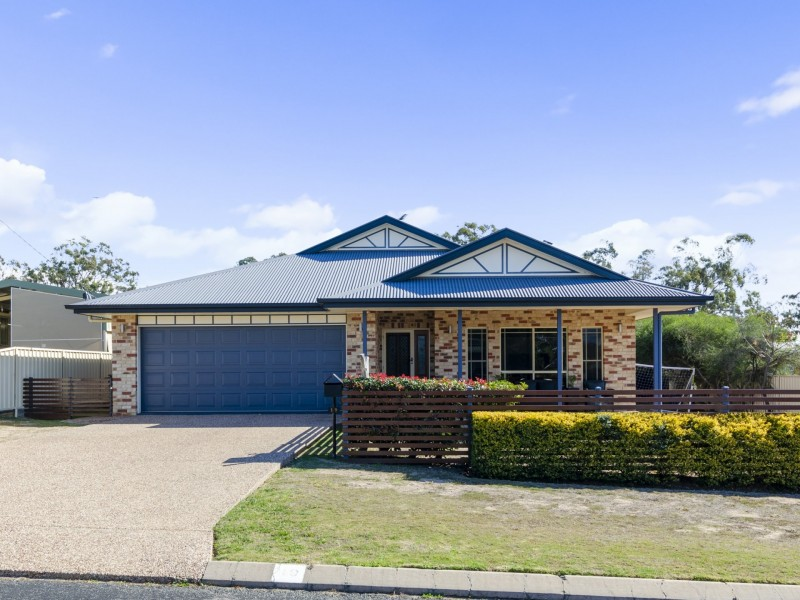 19 Golf Links Avenue, Warwick QLD 4370