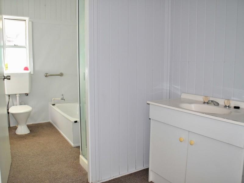 32 Warwick Street, Allora QLD 4362