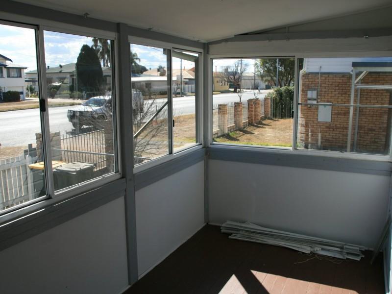 32 Lyons Street, Warwick QLD 4370