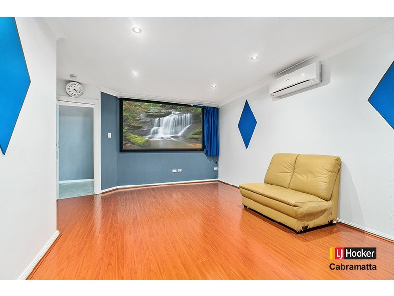 19A Foxlow Street, Canley Heights NSW 2166