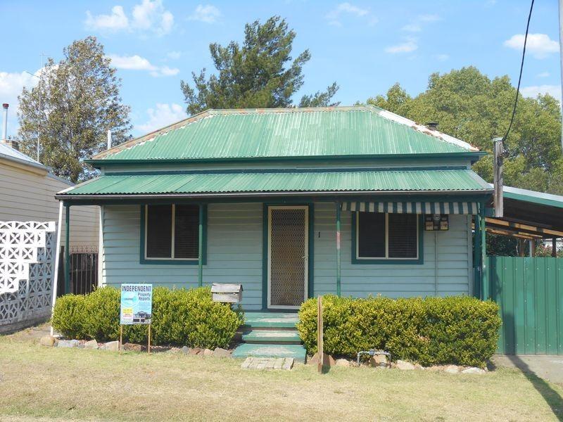 1 Albury Street, Abermain NSW 2326