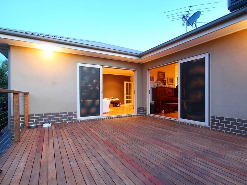 8 Rangeview Green, Doreen VIC 3754