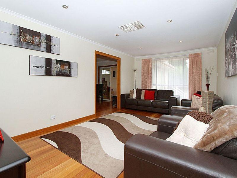 1 Fraser Close, Mill Park VIC 3082