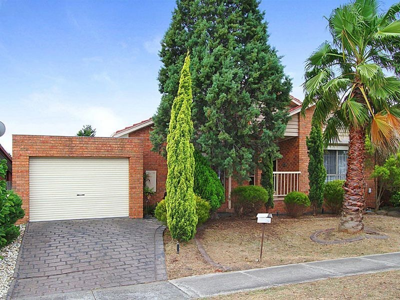 100 Centenary Drive, Mill Park VIC 3082