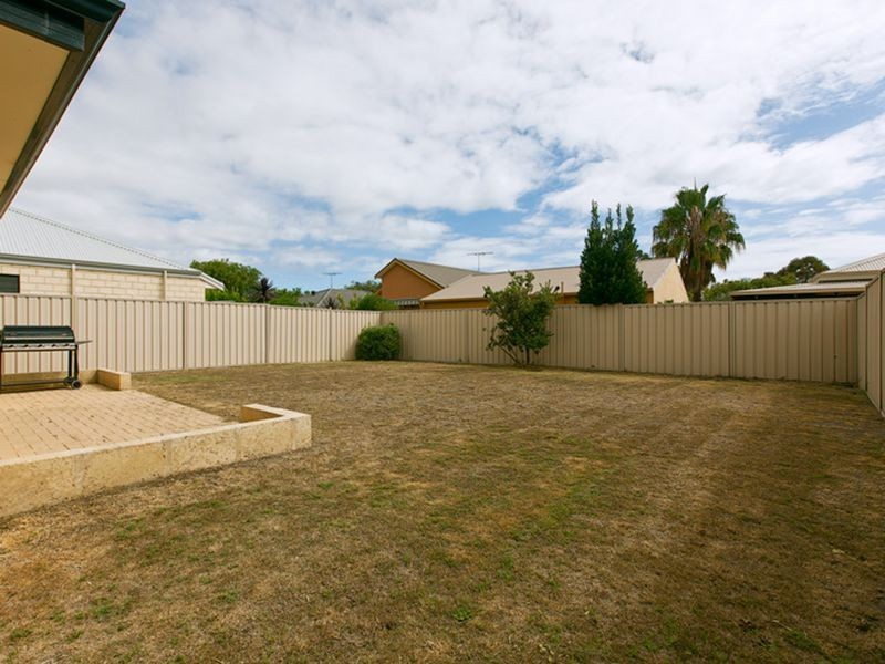 4/36 Stanford Drive, Abbey WA 6280