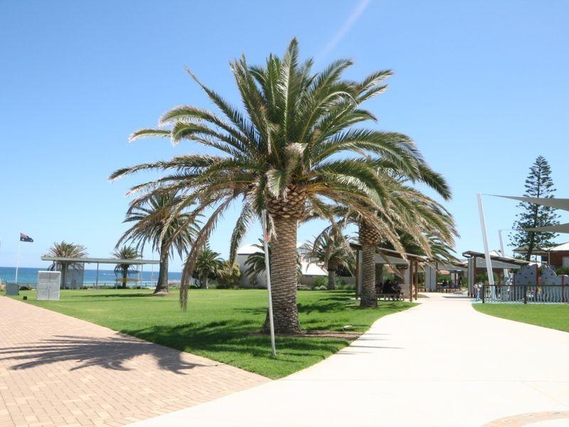 Ground Floor/T3 50 Esplanade, Christies Beach SA 5165