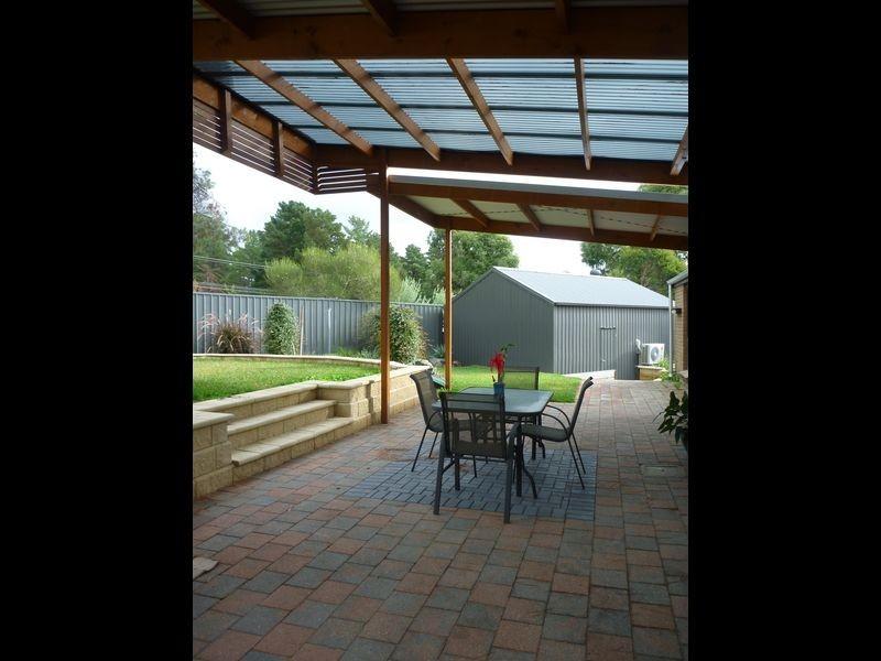 12 Tania Drive, Aberfoyle Park SA 5159