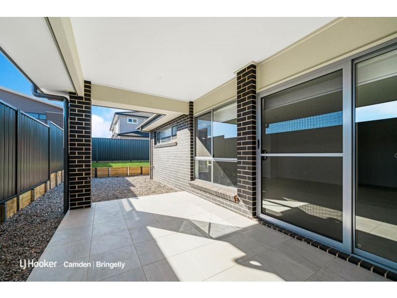 12 Astley Road, Catherine Field NSW 2557
