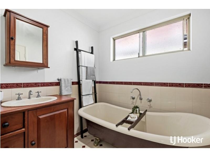 9B Shaw Place, Innaloo WA 6018