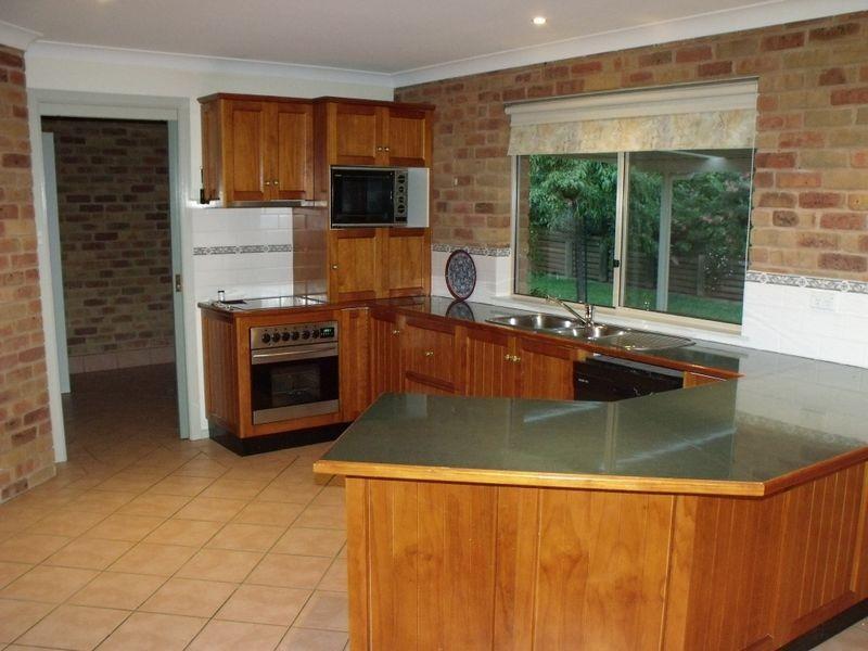17 Karinya Street, Cowra NSW 2794