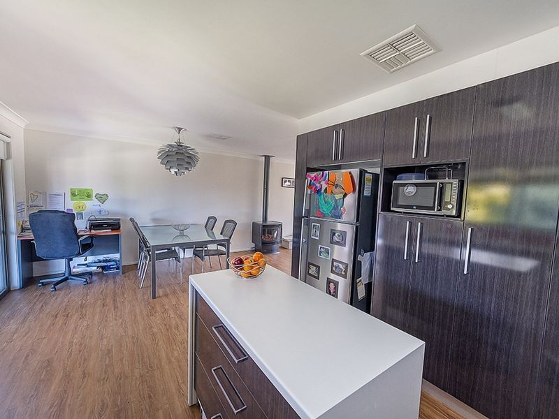 4 Phillips Street, Cowra NSW 2794