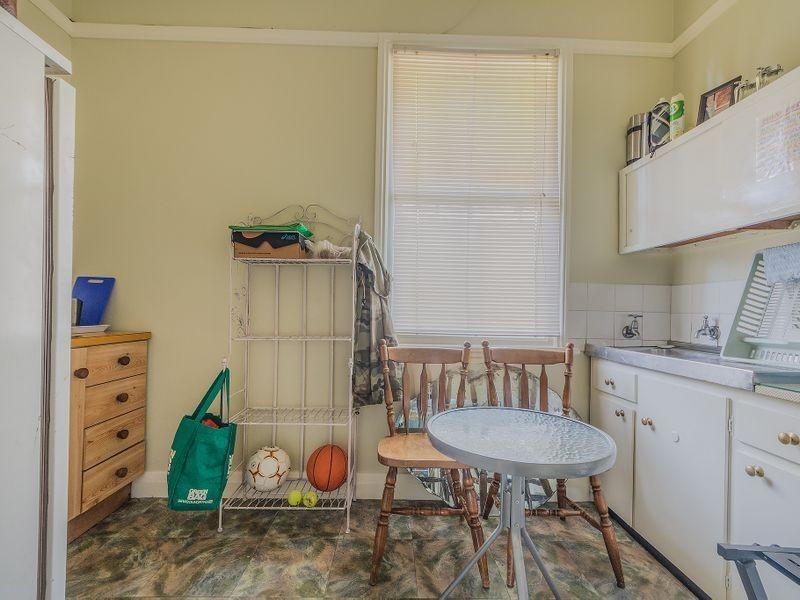 28 Argoon Street, Cowra NSW 2794