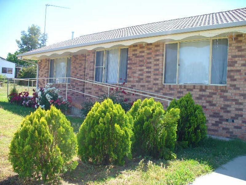 35 Watt Street, Cowra NSW 2794