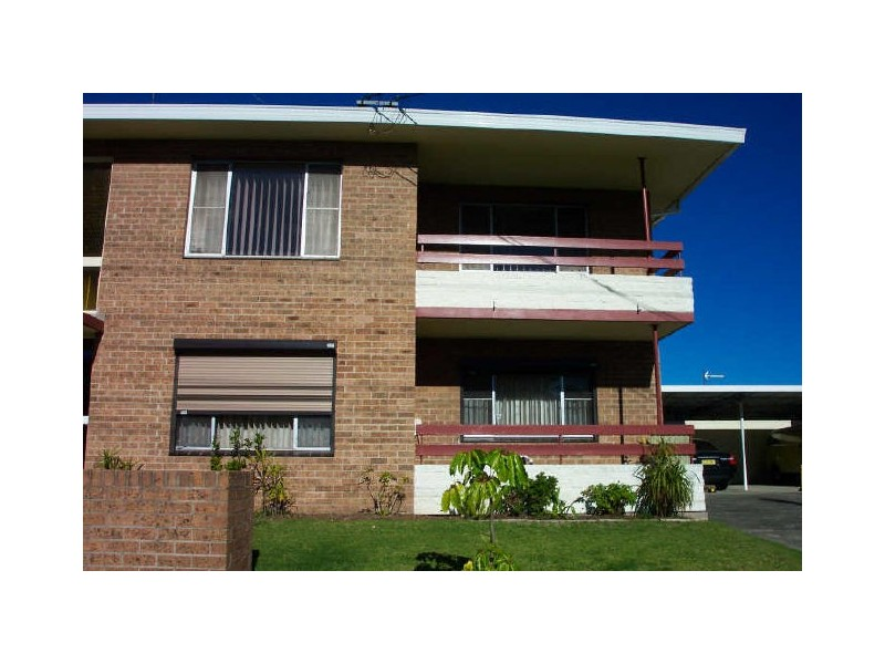 3/2 Denison Avenue, Barrack Heights NSW 2528