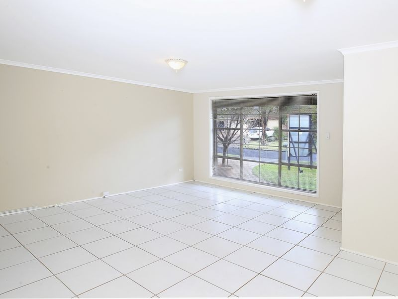 10 Ribbonwood Place, Albion Park Rail NSW 2527