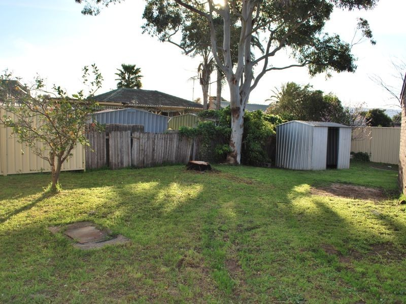 16 Conifer Street, Albion Park Rail NSW 2527