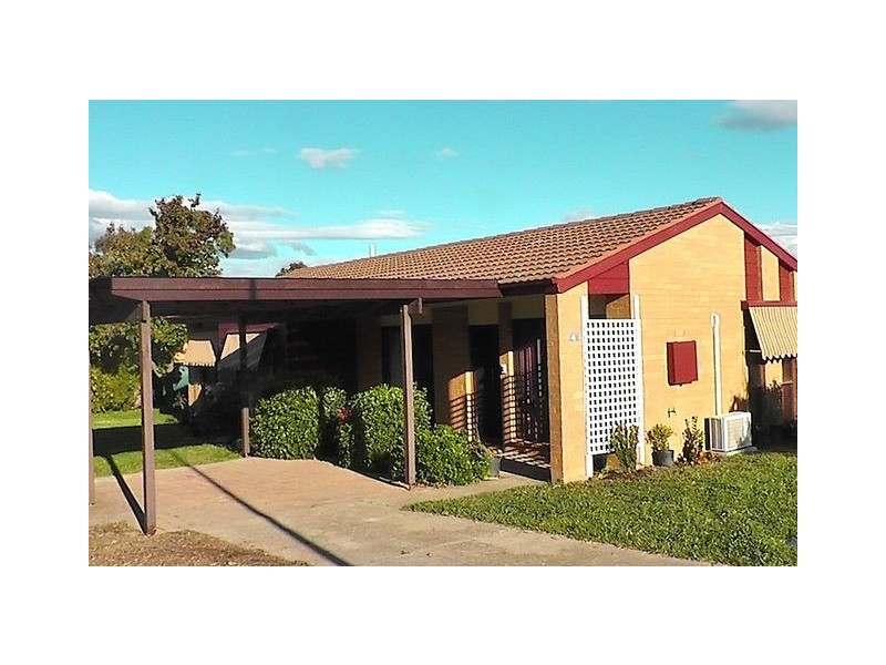 4 McGhie Place, Latham ACT 2615