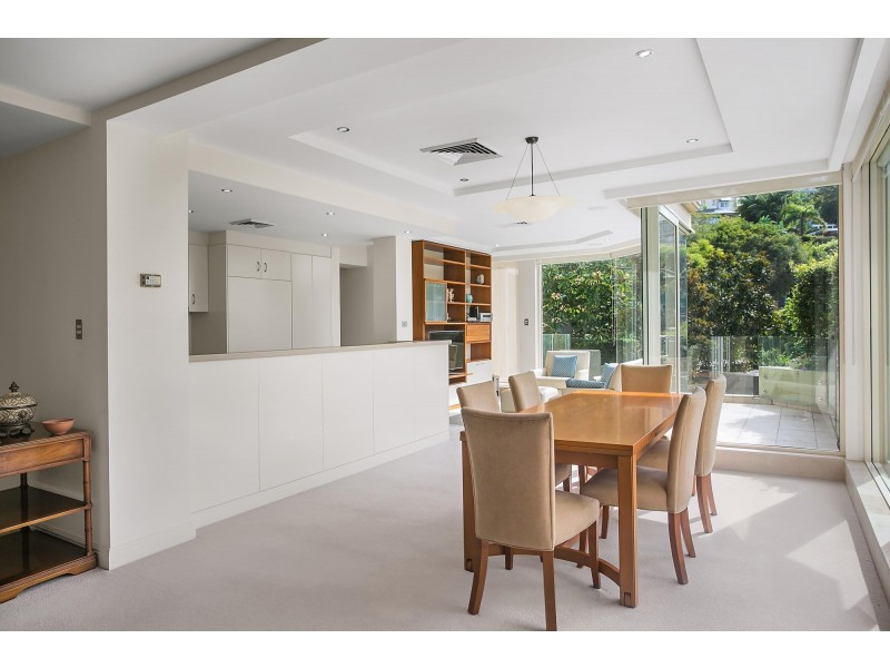 2/10 Longworth Avenue, Point Piper NSW 2027