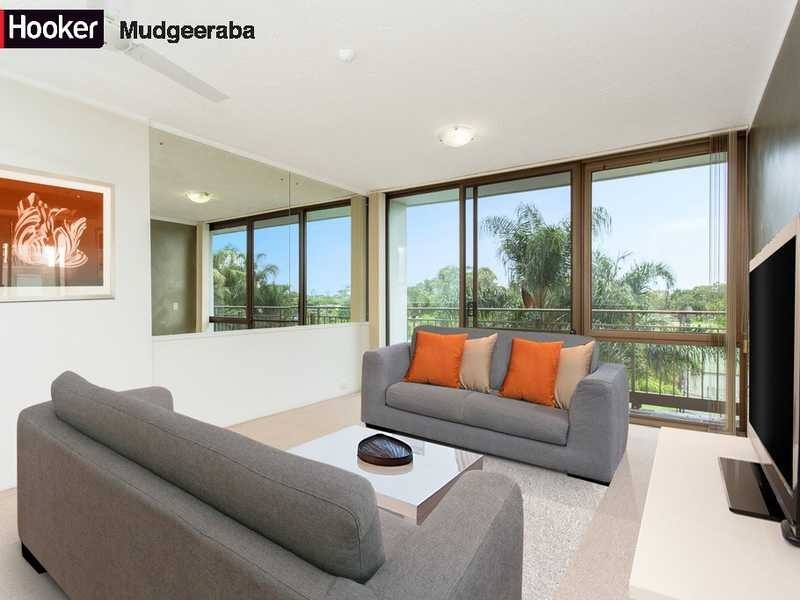 20/13 Fairway Drive, Clear Island Waters QLD 4226