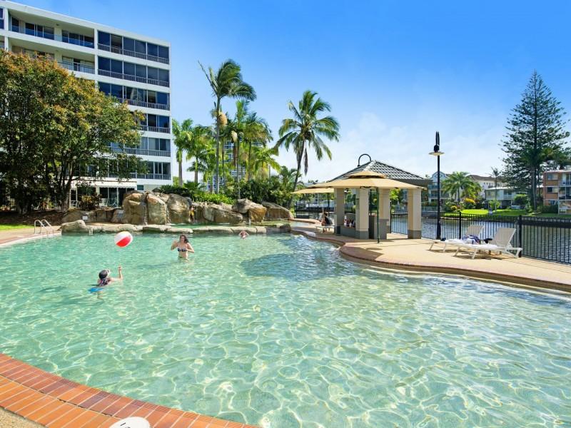 122 A & B/1-8 Paradise Island, Surfers Paradise QLD 4217
