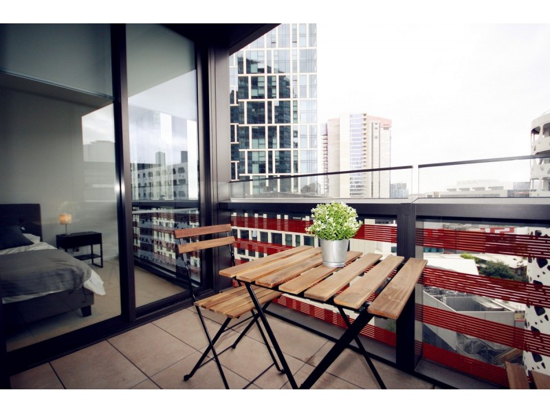 1002N/883 Collins Street, Docklands VIC 3008