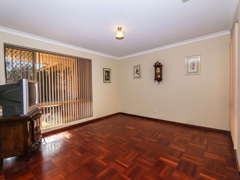5 Kanya Court, Swan View WA 6056