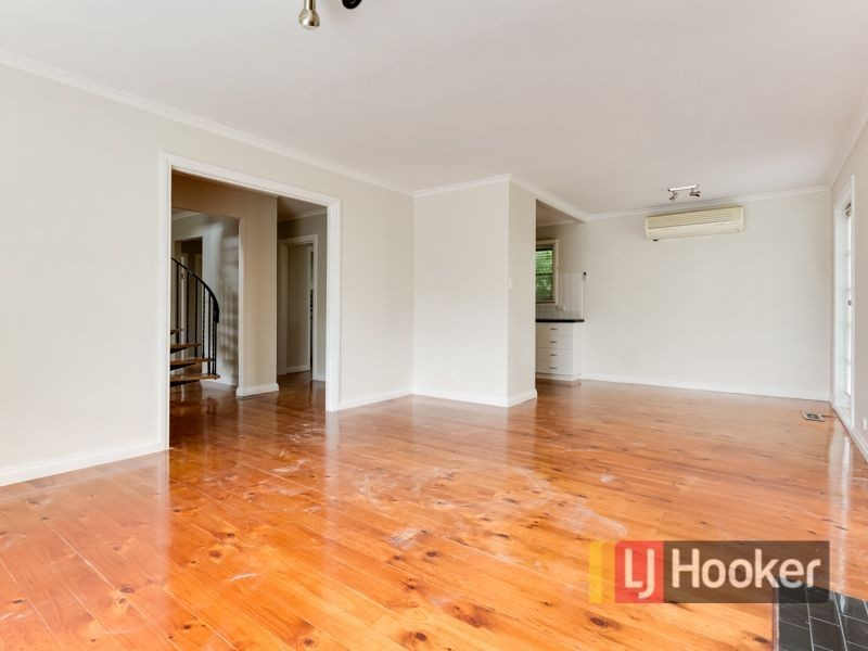 30 Dinsdale Road, Boronia VIC 3155