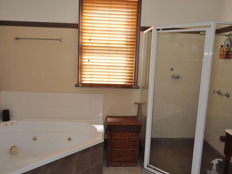 75 East Street, Macksville NSW 2447
