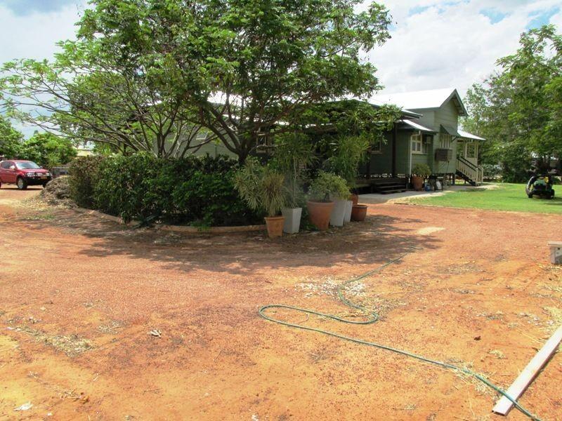 55 Fir Street, Barcaldine QLD 4725