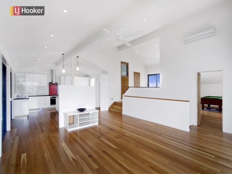 60 Dammerel Crescent, Emerald Beach NSW 2456