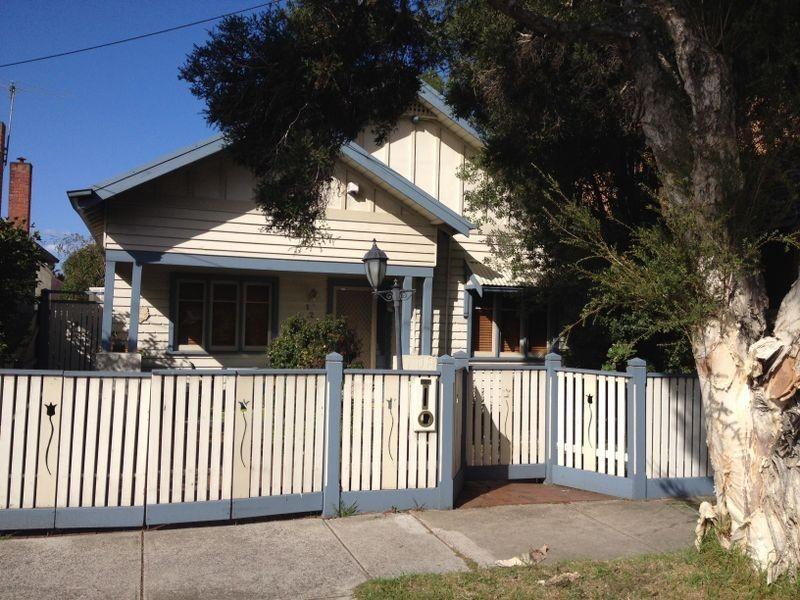 123 Summerhill Road, Footscray VIC 3011