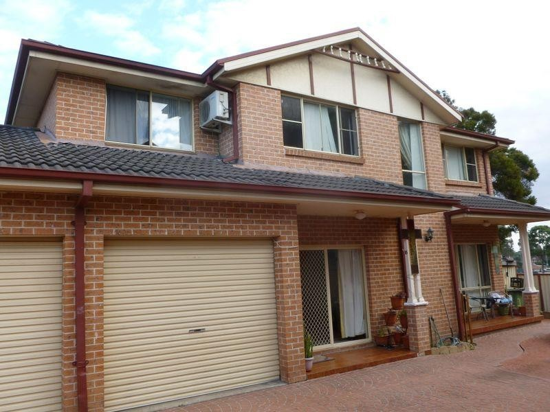 3/16a Oxford Street, Smithfield NSW 2164