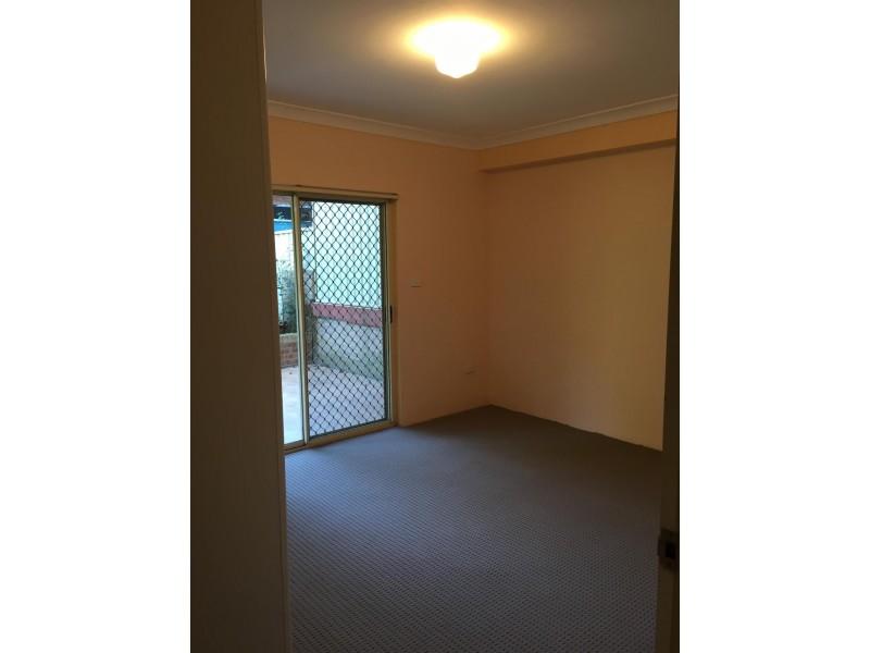 6/66 The Esplanade, Guildford NSW 2161