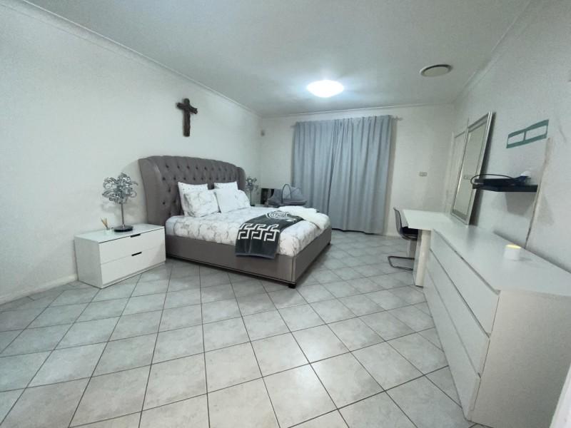 3 Roxby Place, Hinchinbrook NSW 2168