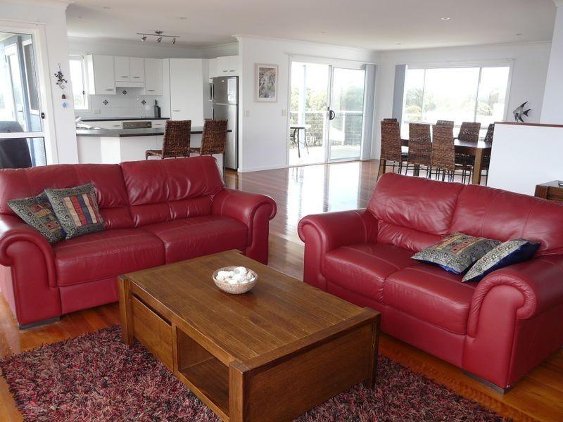 34 Emerald Drive, Diamond Beach NSW 2430