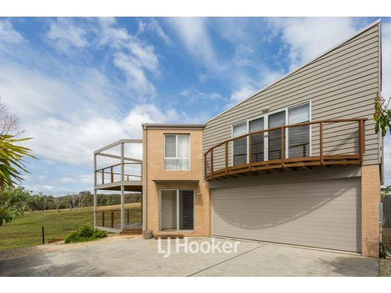 39B Emerald Drive, Diamond Beach NSW 2430