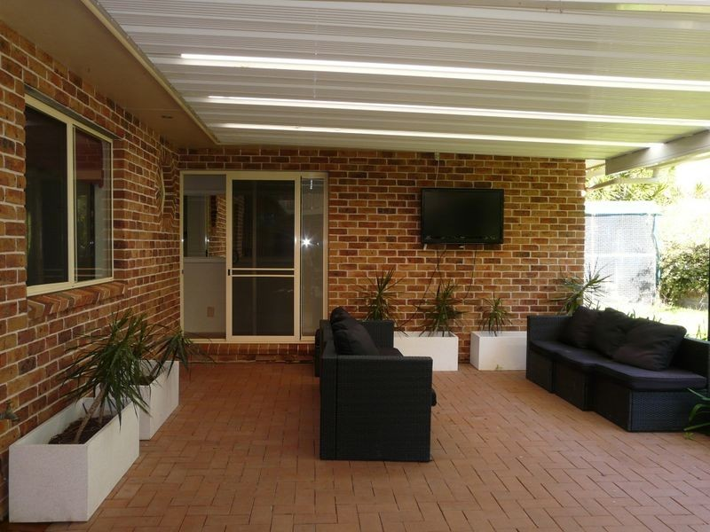 33 Figtree Drive, Diamond Beach NSW 2430