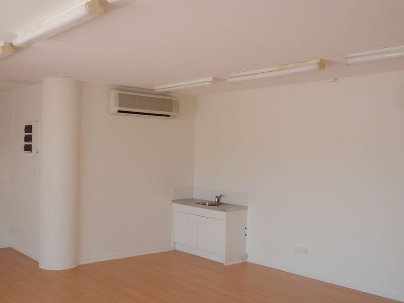 79 Edmund Street, Kings Beach QLD 4551